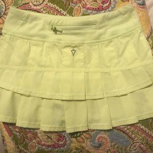 Ivivva lime green skirt size 8